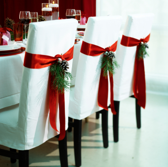 <em> Stylish Secret </em> :: Dress Up Your Chairs for Christmas
