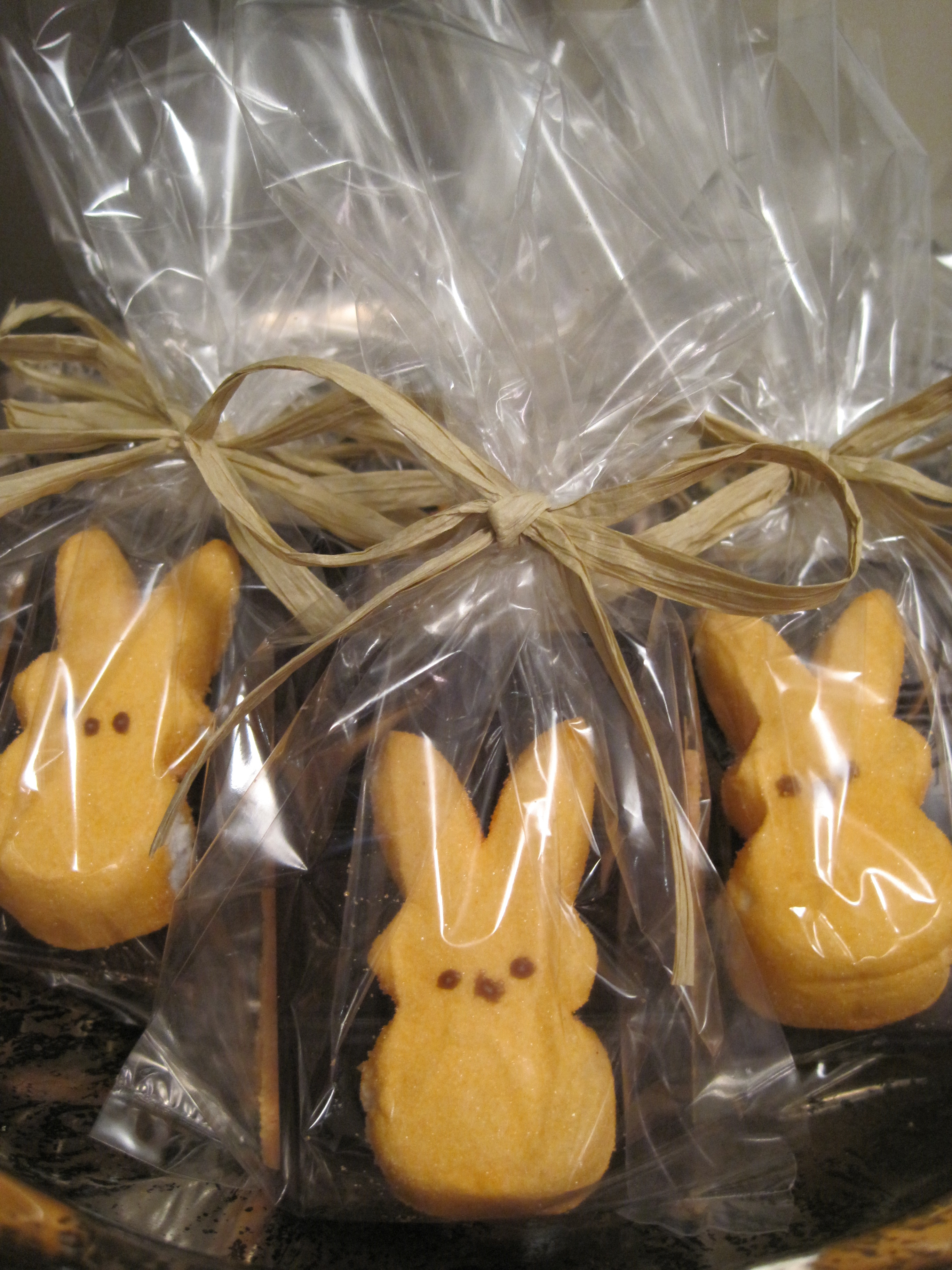 Diy Easter Party Favors Peep S Mores Stylish Spoon