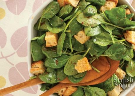 Spinach Salad with Sun Dried Tomato Vinaigrette