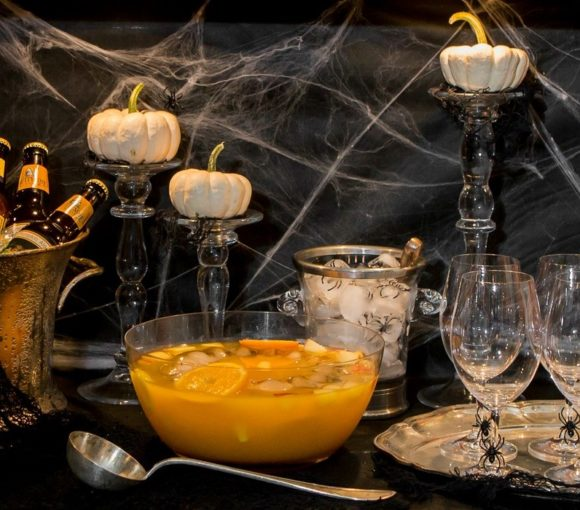Halloween Cocktail Party | Stylish Spoon