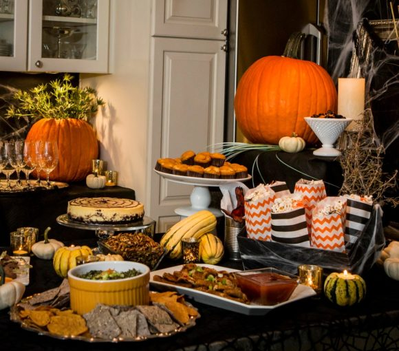 Halloween Cocktail Party Menu | www.StylishSpoon.com