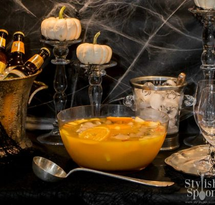 Spooky Sangria Recipe | www.StylishSpoon.com