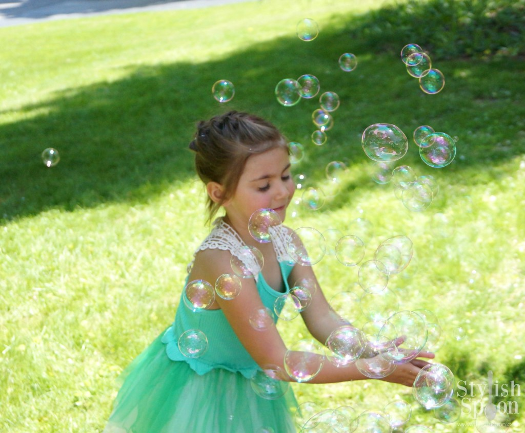 Princess birthday party bubble machine outdoors