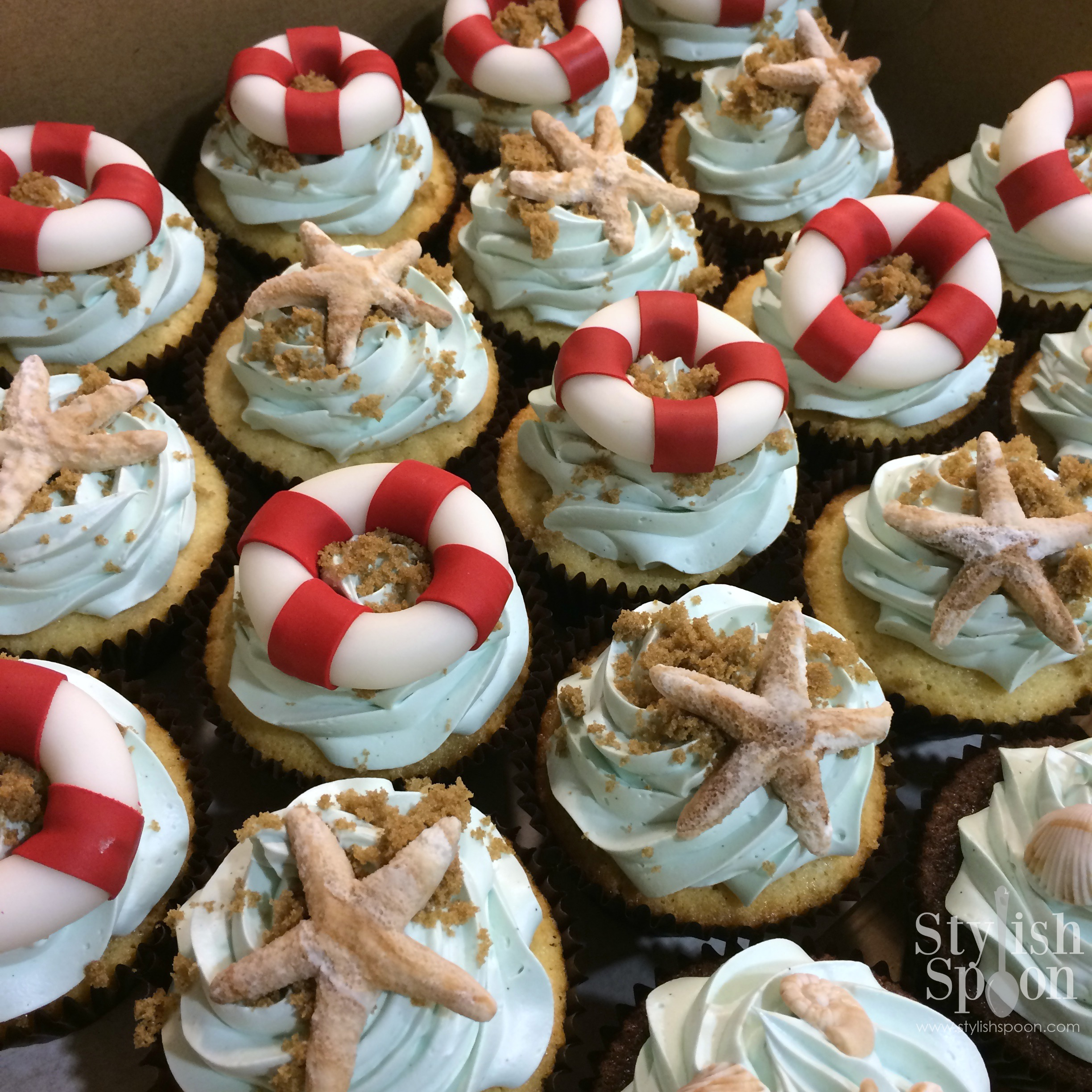 pool party sand dollar beach theme cupcakes