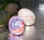 silk dye eggs close up 2