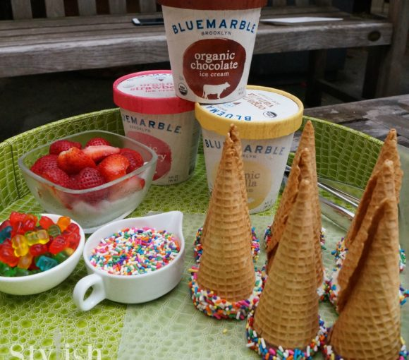 sprinkle cones with ice cream